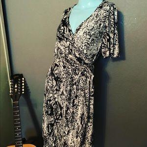 NWT Donna Morgan Snake Print SEXY Wrap Dress
